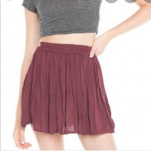 Brandy Melville maroon Luma pleated skirt